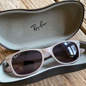 Ray Ban Wayfarer Polarized Sunglasses